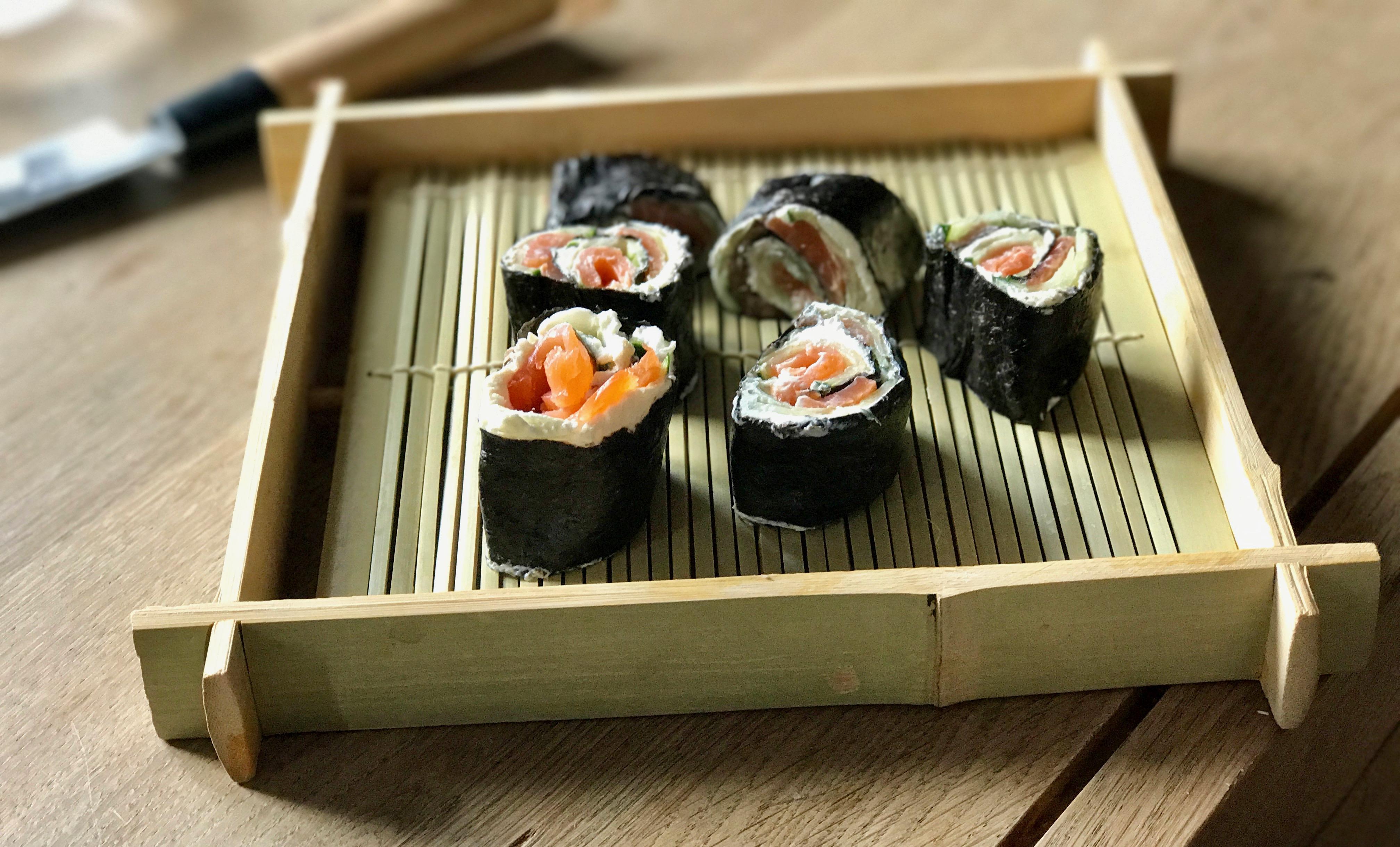 rezept test low carb sushi supermenu. Black Bedroom Furniture Sets. Home Design Ideas